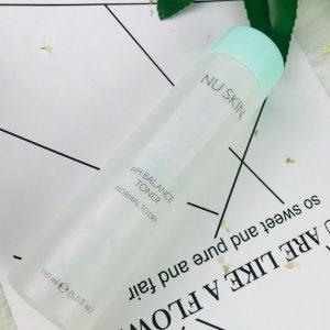 pH-Balance-Toner-Nu-Skin-da-kho-va-da-thuong-myphamnuskinvn-3